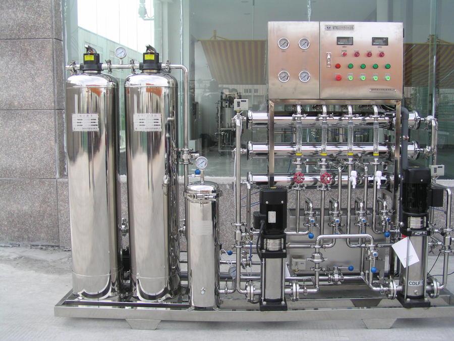 时产300L2级反渗透成套纯水机.JPG